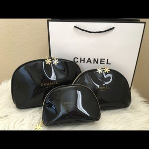 Chanel Snow Flake set Cosmetic Makeup bag VIP GIFT